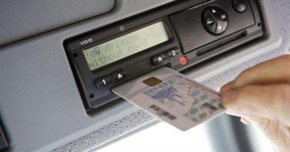 Tachografy cyfrowe w UE: kiedy zostaną wprowadzone?
